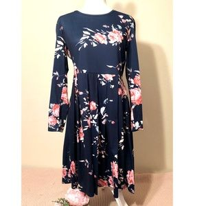 Dresses & Skirts - Navy Blue and Pink Floral Dress